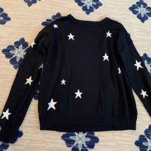 Sweaters - Black star sweater